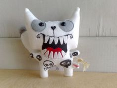 Mighty white  the mad wolfy wolf by zeropumpkin on Etsy, $33.00