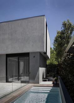 Alternative to off-form concrete.