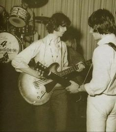 rare shot ~ Jimmy Page on bass, with Jeff Beck