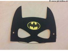 Batman, Superhero, Sewing, Fictional Characters, Art, Superheroes, Art Background, Dressmaking, Couture