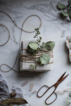 dried greens with jute gift wrap