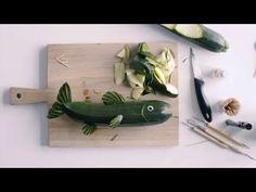 miten tehdä kurpitsasta kala. http://www.idealista.fi/videotutoriaali-nain-kaiverrat-kesakurpitsasta-kalan/