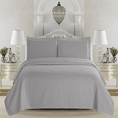 Emerson Collection 3-Piece Luxury Quilt Set with Shams. S…