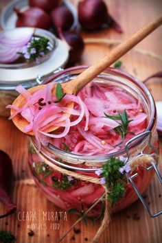Pickled Onions, Quick Meals, Pickles, Pantry, Salads, Vegetables, Food, Home, Fast Meals