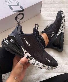 Nike Air Max 270 Shoes Air Max 270 SE Floral,Air Max 270 - Aflamico The Effective Pictures We Offer You About beauty tips in hindi A quality pictur Dr Shoes, Cute Nike Shoes, Kicks Shoes, Nike Air Shoes, Cute Sneakers, Hype Shoes, Crazy Shoes, Sneakers Design, Tennis Shoes Outfit
