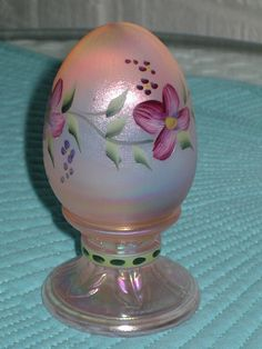 Vintage Fenton Egg, hand painted pink iridized glass, Fenton signed glass