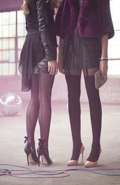 Black Back Seam Bow Tights ~ I'm a stocking kinda girl