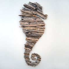 Easy tutorial on how to make a stunning driftwood seahorse
