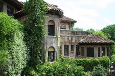 Howey Mansion, Howey-in-the-Hills, Florida. Built in 1925 by William Howey, the town founder.