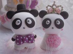 lovely Panda cake topper by kikuike, via Flickr