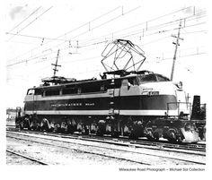 1950 General Electric nicknamed ' Little Joe' , The Milwaukee Road Electric Locomotive, Diesel Locomotive, Milwaukee Road, Railroad Photography, Electric Train, Train Engines, Light Rail, Model Train Layouts, General Electric