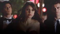 Vampire Diaries Movie, The Vampire Diaries Characters, Vampire Diaries Wallpaper, Vampire Diaries The Originals, Cute Kiss, Damon And Stefan, Vampire Daries, The Originals Tv, Edgy Nails