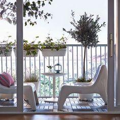 Aprovecha ese balcón que tienes sin importar su tamaño! Ikea nos propone transformarlo y disfrutarlo. 13 ideas inspiradoras que pueden ser tu comienzo.