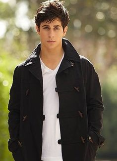 David Henrie How I Met Your Mother Wizards Of Waverly Place  That's So Raven