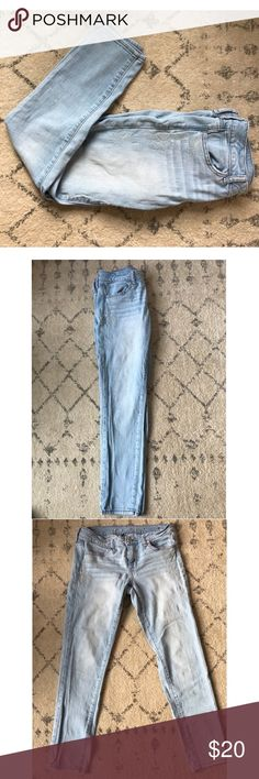 American Eagle Jeans with Aztec Pattern American Eagle Super Stretch Jeans with an Aztec Pattern on the sides. American Eagle Outfitters Jeans Skinny