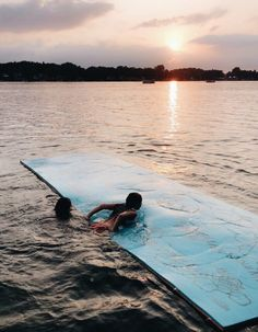 See more of paigecuster's content on VSCO. Summer Feeling, Summer Vibes, Lake Pictures, Summer Goals, Summer Fun, Just Dream, Summer Bucket Lists, Summer Aesthetic, Summer Pictures