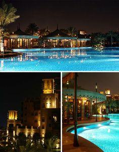luxurious-swimming-pools-al-qasr  magnífica piscina #piscinas, #piscinas de lujo