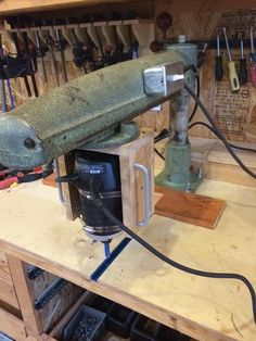 Radial arm router, build from an old radial arm saw