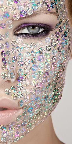 Holographic sequins fantasy skin make up Make Up Art, How To Make, Smoky Eyes, Eye Makeup, Behind Blue Eyes, Sparkles Glitter, Glitter Balloons, Glitter Face, Glitter Girl