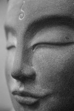 Statues Aesthetic Pink - - Statues Tattoo Mythology - - - Statues Of Liberty Face Buddha Face, Buddha Zen, Gautama Buddha, Buddha Buddhism, Buddhist Art, Image Positive, Meditation, Spiritual Images, 3d Figures
