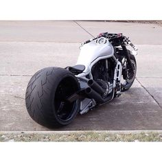 Preciosa bestia de ¿dos ruedas? La trasera vale por 4.