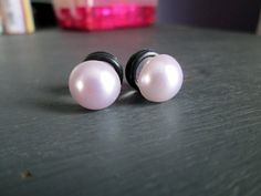 Silver Pearl Button Plugs Available in 2g 0g by TinyLittleFunBits, $10.00