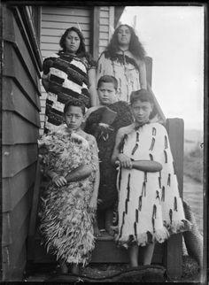 "Mrs Ripeka Love with her children Hana, Makere Rangiatea Ralph Love, Wi Hapi and Eruera Te Whiti o Rongomai Love, at the conservatory entrance to 'Taumata"", the family residence at Korokoro. Photograph taken by Albert Percy Godber in Maori People, Tribal People, Nz History, Polynesian People, Maori Designs, Maori Art, Historical Photos, Role Models, Vintage Photos"
