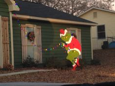 Grinch Stealing Lights Yard | Grinch | Pinterest | Grinch, Outdoor  Christmas And Crafts Gallery