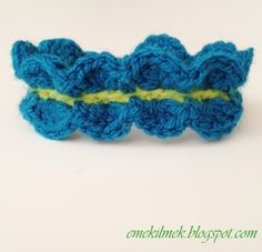 let's see how to make this lovely bracelet...