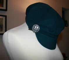 Free hat pattern on BurdaStyle... gotta make this one!