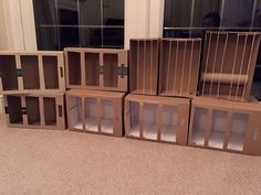 Cages for a pet shop made from Shoe boxes and paper boxes Dramatic Play Area, Dramatic Play Centers, Preschool Dramatic Play, Dear Zoo, Role Play Areas, Pet Vet, Creative Curriculum, Play Centre, Play Based Learning
