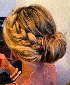 Hair style for medium hair