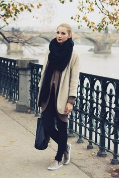 Love this warm and cozy outfit!