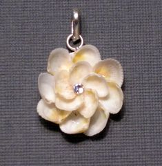 flower necklace made out of seashells