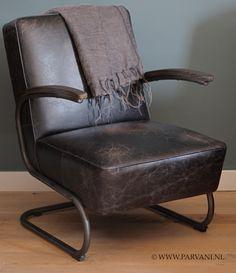 Parvani | Vintage-leren-fauteuil-stoel