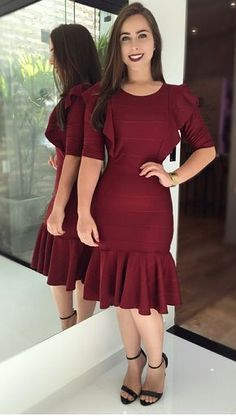 Swans Style is the top online fashion store for women. Shop sexy club dresses, jeans, shoes, bodysuits, skirts and more. Simple Dresses, Casual Dresses, Dress Outfits, Fashion Dresses, Engagement Party Dresses, Mode Abaya, Matching Couple Outfits, Trend Fashion, Fashion News