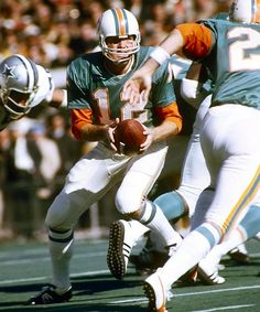 Collection Here Bob Griese Signed Nfl Miami Dolphins Photo W/ Hologram Coa Superior Performance Autographs-original Football-nfl