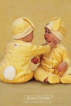 Baby Bunnies...  Anne Geddes  ♥