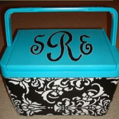 I want to PAINT COOLERS!!!!! So many possibilities!