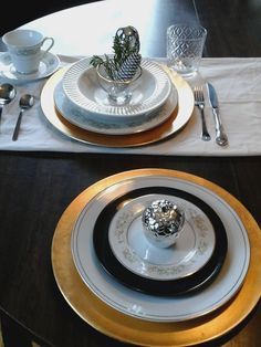 Love the glam way my assortment  of dishes can look together