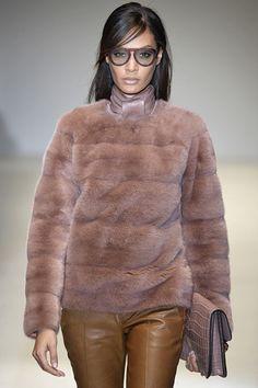 Trend fw 14/15: fur sweatshirt (Gucci)