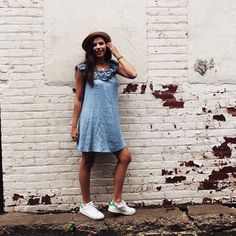 Denim dress + ruffle dress + city selfie ideas + City poses + summer outfits + summer city outfits