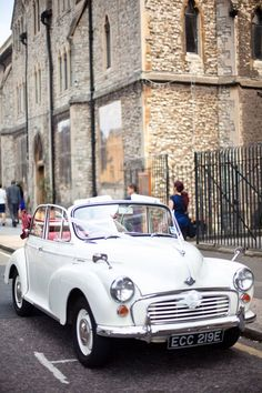 Arrive in Style – Summer Wedding Transport | CHWV
