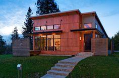 Фасадные панели для наружной отделки дома: разновидности и 80 практичных решений для стильного экстерьера http://happymodern.ru/fasadnye-paneli-dlya-naruzhnoj-otdelki-doma/ Фасадные панели для наружной отделки дома: при выборе фасадных панелей лучше отдавать предпочтения известным производителям