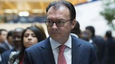 Image copyright                  AFP Image caption                                      Mr Videgaray had been seen as one of the president's closest advisors                                Mexican Finance Minister Luis Videgaray has resigned following the visit of Donald Trump last week. Mr Videgaray was seen as the main organiser of the controversial meeting between Mr Trump and President Enrique Pena Nieto. The visit was widely critici