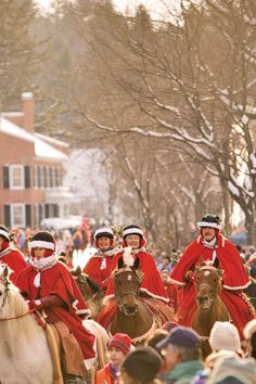 23 of the Most Charming Christmas Towns in America | Woodstock vt ...