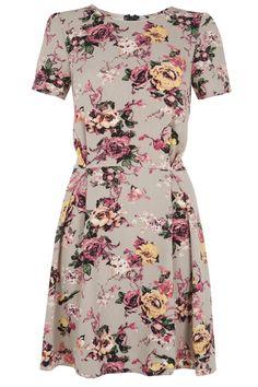 Primark Colourblock Bodycon Dress, £13   Look