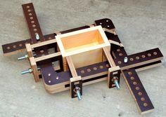 Adjustable box clamp