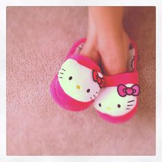Comfy house slippers  #hellokitty