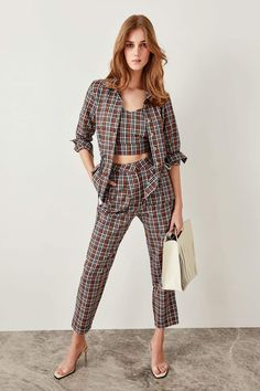 Highstreet fashion with luxury quality clothing store. Lussu - the ultimate store for a fashion nova to be stunning on her fashion days in the fashion world Fashion Days, Fashion Show, Free Online Shopping, Plaid Pants, Trends, Outfit Of The Day, Jumpsuit, Street Style, Clothes For Women